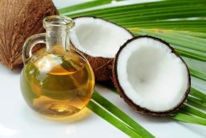 Aceite de coco, algunos lo usan como lubricante genital
