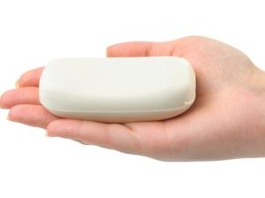 Jabón en la mano